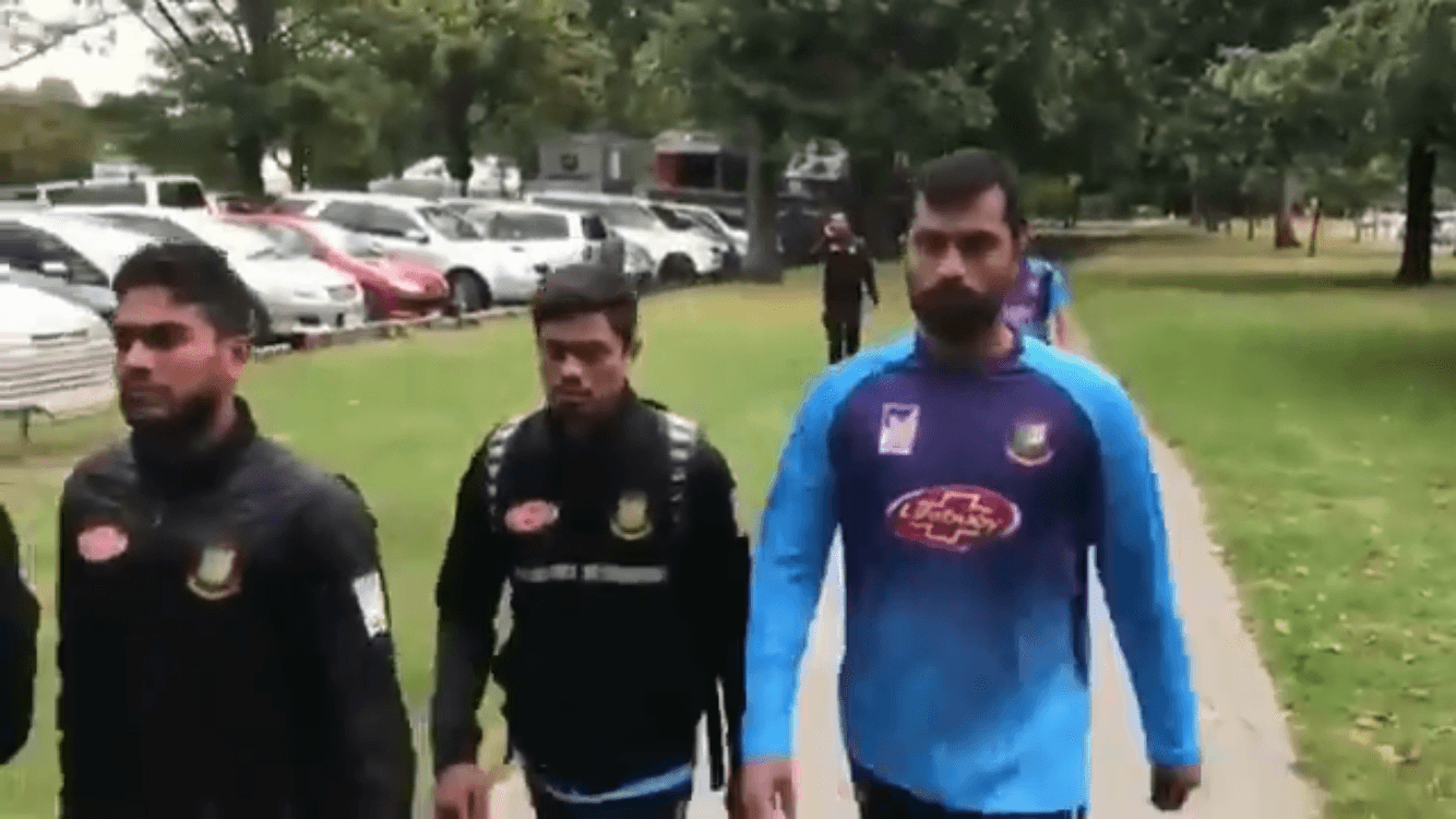 Bangladesh cricket team just escapes the mosque attack in New Zealand