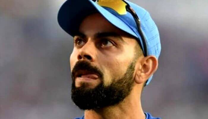 Virat Kohli Angry on MS Dhoni for Misfielding