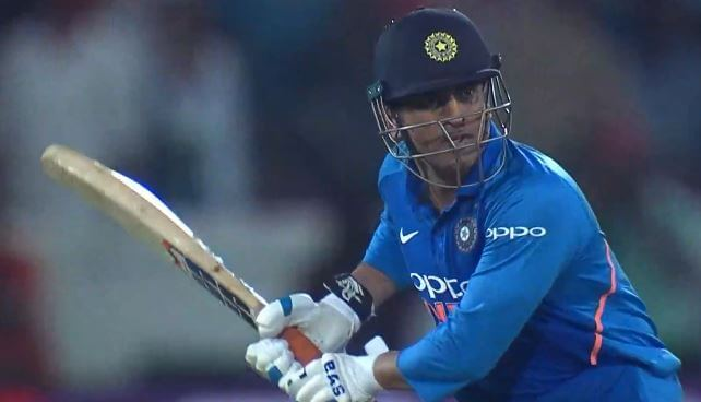 MS Dhoni has the Right to Leave the Game on his own: Gary Kirsten